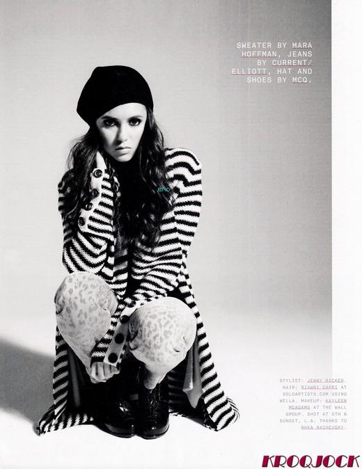 """* Nina apparaît dans l'édition du mois de septembre du magazine """"Nylon"""". Un photoshoot a donc été réalisé pour cette occasion. Un photoshoot très rock et très sombre mais qui est quand même magnifique ! ♥*"""