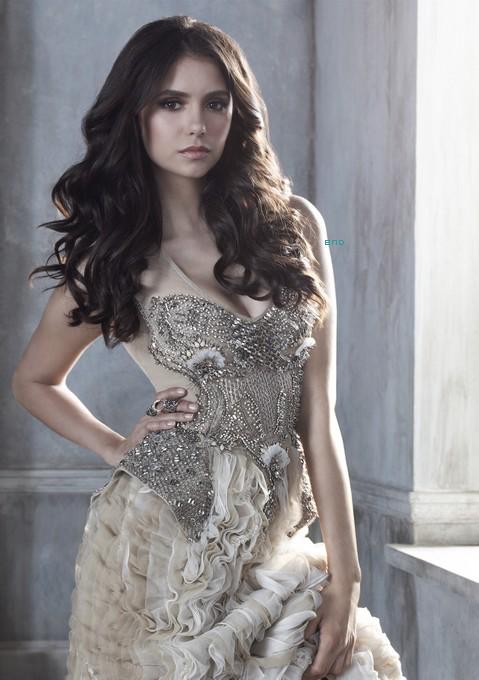 * ◘ La  photo  promotionnelle de  Nina  pour  la  saison  3  est  maintenant  disponible  en Haute Qualité !*