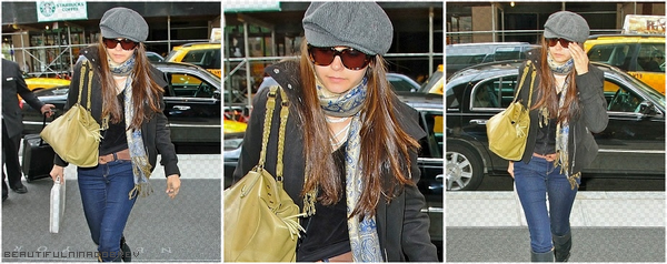 * Nina & Ian arrivent à leur hôtel à New-York.*