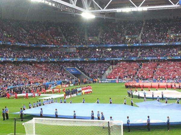 2016- Lors du match FRANCE-SUISSE (Mon 44ème matchs équipe de france)