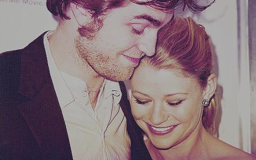 __ Promets moi de m'aimer encore et pour toujours __