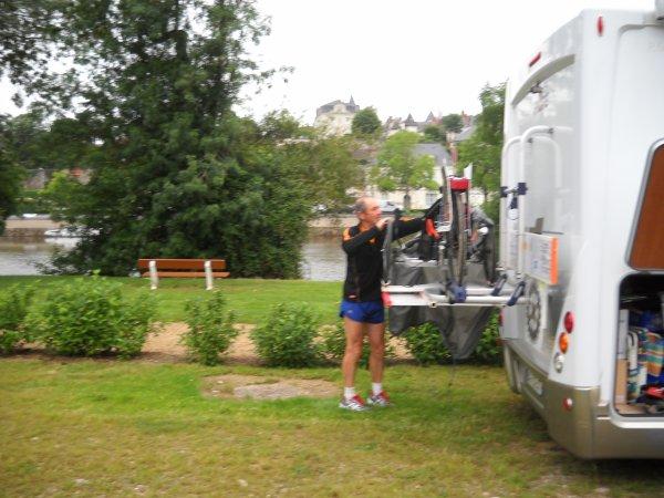 Samedi 16 Juin 2012: 30eme étape CHATEAU GONTIER-ARGENTRE  soit 43,81 km  soit depuis le départ 825km