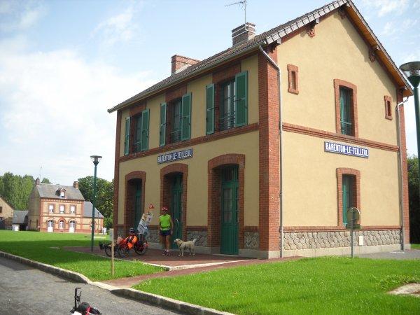 Jeudi 28 Juin 2012: 41 ème étape DOMFRONT-MORTAIN soit 30,71 km  soit depuis le départ 1067 km