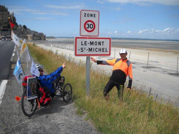 Dimanche 01 Juillet 2012: 44 ème et dernière étape PONTAUBAULT-LE MONT SAINT MICHEL soit 18,48 km  soit depuis le départ 1122 km