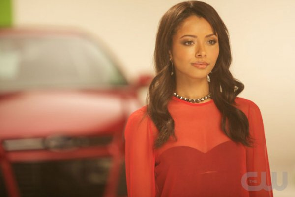 Katerina Graham campagne pour Ford CW & Twitter
