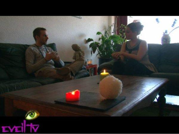 Eveil Tv  Emission 1 prévue le 24.05.2015 (présenté par Shine, vu sur TF1)