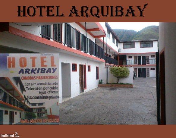 HOTEL ARQUIBAY CÓMODAS HABITACIONES  CON AIRE ACONDICIONADO TELEVISION POR CABLE AGUA CALIENTE Y ESTACIONAMIENTO PRIBADO CARRERA CUARTA NUMERO 17-60 EL LLANO TOVAR EDO MERIDA DOS CUADRAS ARRIBA DEL HOSPITAL SAN JOSE DE TOVAR  TELEFONO: 80275) 873.32.28