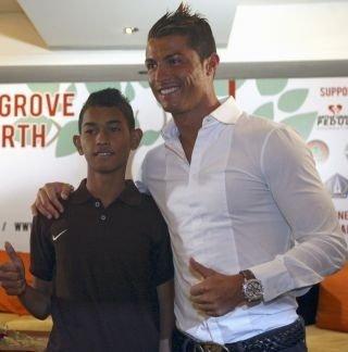 Cristiano lors d'une conférence de presse a Bali