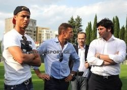 Cristiano en Géorgie après le match (7/07)
