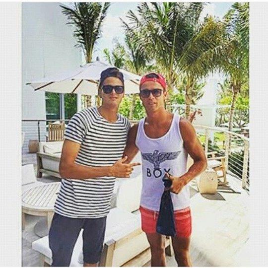 Cristiano et un fan à Miami (25/06)