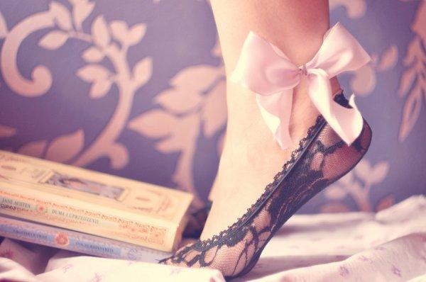 Le coeur des hommes est une bibliothèque où s'alignent les romans tragiques, les idylles, les livres gais et aussi quelques livres légers : une bibliothèque rangée sans ordre apparent, mais complète.