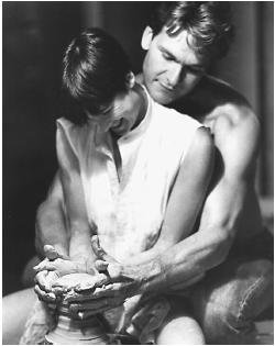 Image: Patrick Swayze & Demi Moore in Ghost Musique: Unchained Melody