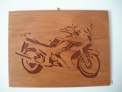 Moto Yamaha FJR Chantourné