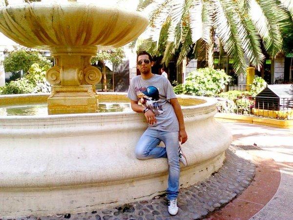 En face de la poste à Ceuta - En frente de la correspondencia en Ceuta