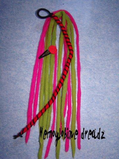 Commande de Carine B_6 dreads wools 1 atebas et 1 barette_Octobre 2010