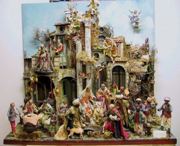 En attendant Noël ... jolies Crèches Napolitaines !