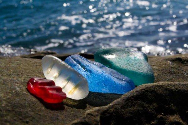 Russie : La plage de verre de Ussuri Bay ...