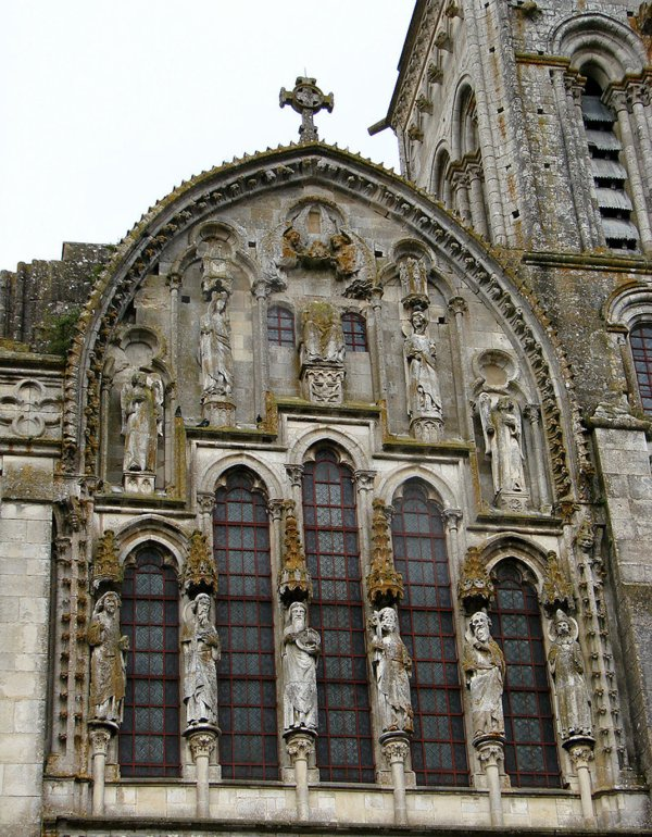 """La France est belle ... """"La Basilique de Vézelay"""" !"""