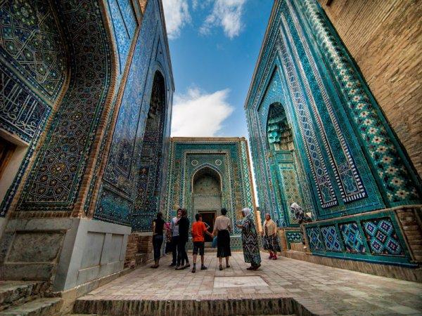Découvrez le palais et les mosquées de Samarcande