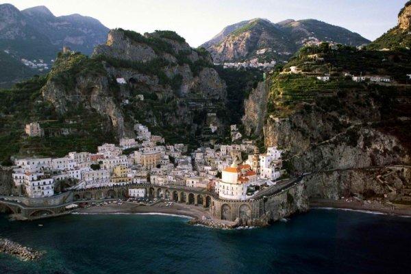 Italie : La Côte Amalfitaine dans la province de Salerne