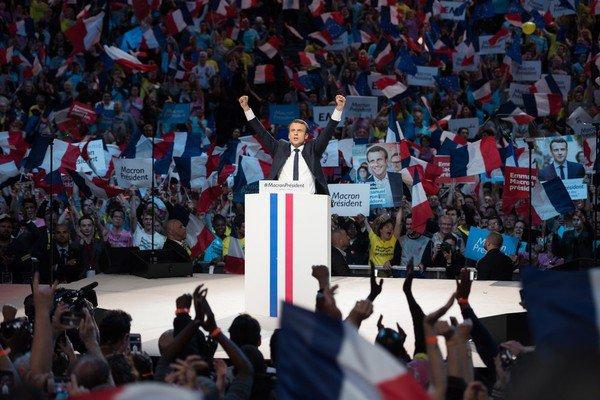 A propos du nouveau Président : Emmanuel Macron !