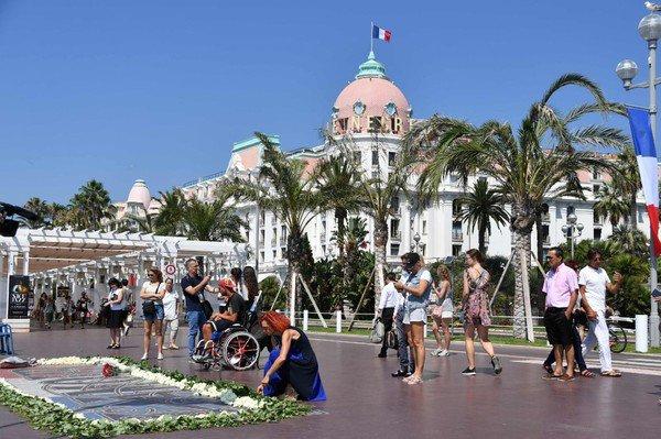 Un an après l'attentat de Nice ...