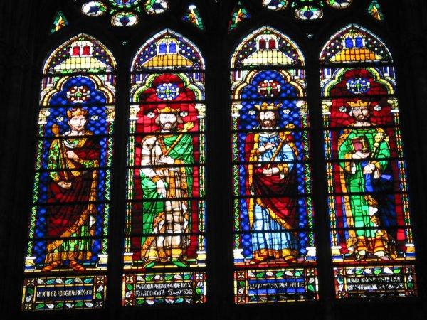 Basilique de Saint-Denis ... Joyau de l'art gothique !