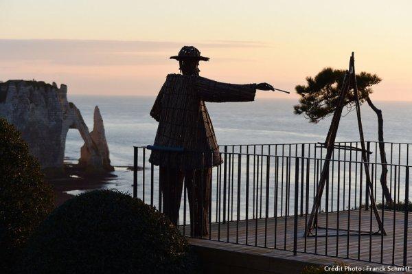 Jardin avec vue sur mer   ...  à  Etretat !