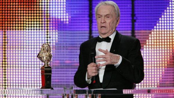 infos  !!!!!!!!!!!     Le comédien Robert Hirsch est mort