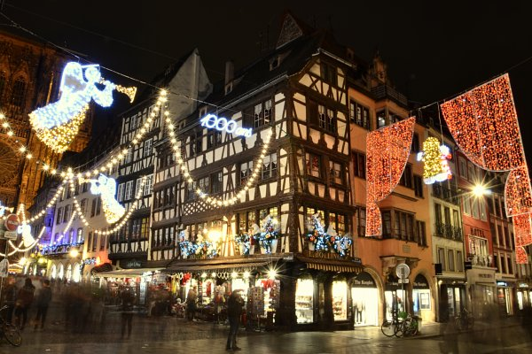 STRASBOURG : le plus beau village de Noël de France !