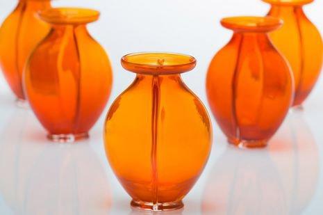 90 ans après celui de Juliana, la tradition des vases orange perdure