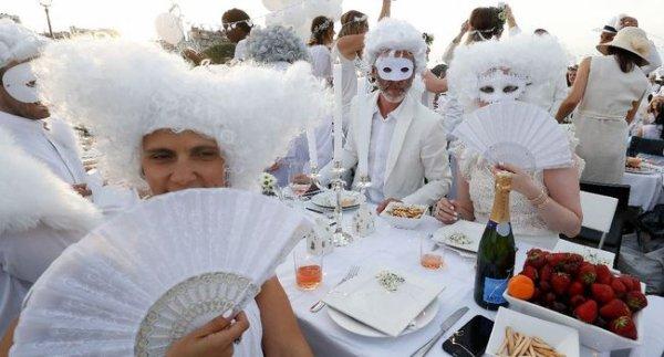 Record de participation pour le 30ème anniversaire des Dîners en blanc