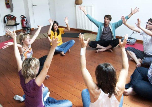 le Yoga du rire  pour bien commencer la journée