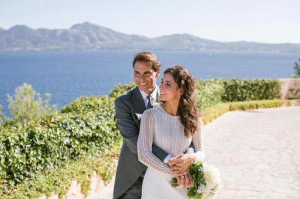 Le vainqueur de Roland-Garros (à douze reprises) vient d'épouser sa compagne de longue date, Mery Perelló, aka Xisca, à Majorque, l'île d'origine du tennisman espagnol.
