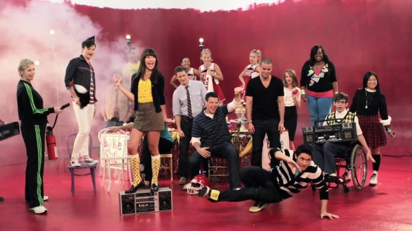 1.Glee
