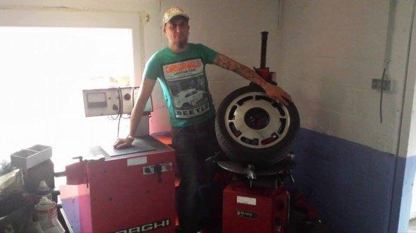 Petit achat du jour machine a pneus et une équilibreuse 23 mai 2017