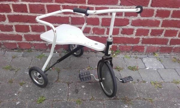 25 mai 2019 New aquisition Tricycle vintage gratuit zéro nada