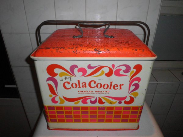 new acquisition 20 octobre 2016 glaciére cola cooler  d'époque vintage
