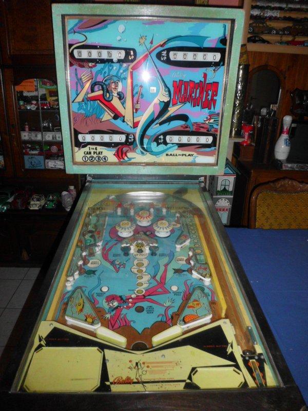 petite rentrée vintage  le 4 octobre 2016  enfin mon flipper vintage bally mariner 1971 a la maison
