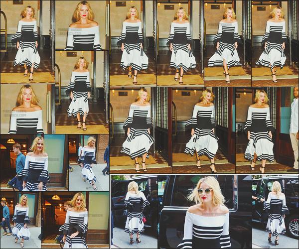 - -• 01/08/16- : Notre Harley Quinn quittait, une nouvelle fois, son hôtel afin de continuer la promotion dans la ville de - NY.    Elle s'est entre autres rendue sur le plateau de Good Morning America, un show très connu aux États-Unis. Margot était vraiment très classe, un top. -