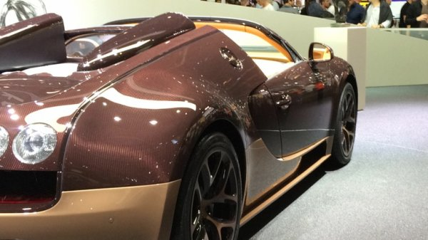 Bugatti ❤️ au salon de l'auto a Genève