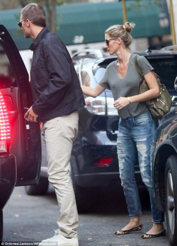 Gisele And Tom In NYC, August 31, 2015