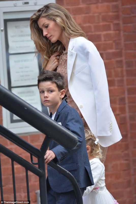 Gisele And Tom With Kids At His Sister Nancy Brady & Steve Bonelli Wedding At The XV Beacon Hotel, Boston, October 4, 2015