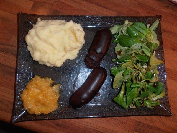 Boudin antillais,purée maisonn compotée de pommes a la vanille
