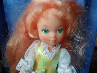 Rousseline aux cheveux roux