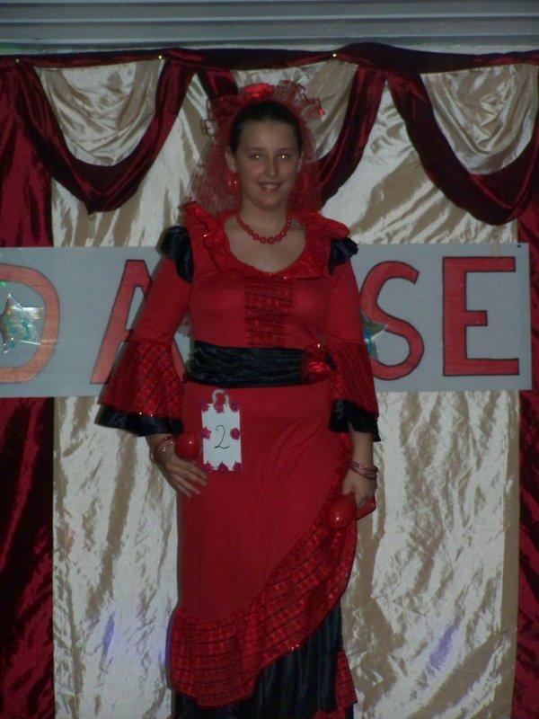 robe espagnole  50  euro