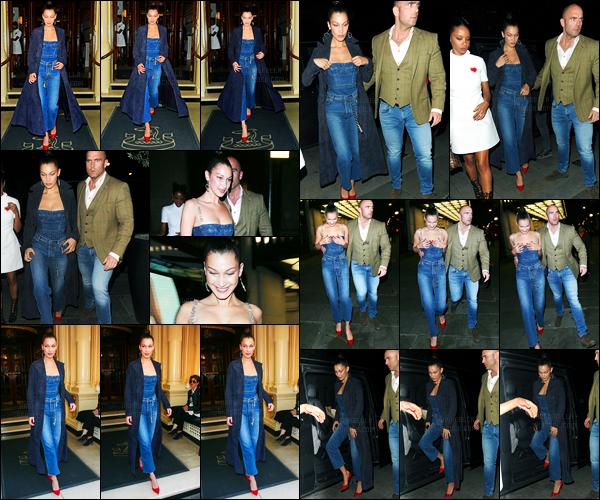 20.04.2017 ─ Bella Hadid a été photographiée alors qu'elle était dans les  rues, étant dans Londres, en Angleterre.La belle Bella H. enchaîne les sorties, ça fais plaisir de la revoir... Concernant sa tenue, c'est une très belle tenue pour ma part, donc un top ! Et vous ?