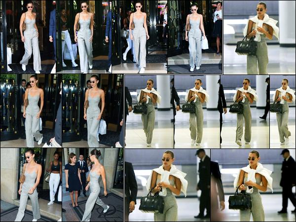 11.06.2017 ─ Bella Hadid a été photographiée pendant qu'elle quittait son hôtel, se situant, dans Paris, en France.La belle mannequin Bella Hadid a ensuite été photographiée alors qu'elle arrivait à l'aéroport de JFK étant à New-York C. Concernant sa tenue, c'est top.