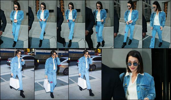 14.11.2017 ─ Bella Hadid a été photographiée, alors, qu'elle se promenait dans les rues, étant, dans New-York C.La belle toujours dans la ville de la grosse pomme, se remet un peu à sortir ! Elle était vêtue d'une tenue toute en jeans.. Concernant sa tenue, un top !