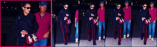 -14/06/2018- ─ Bella Hadid a été photographiée, alors, qu'elle arrivait à l'aéroport de « JFK », étant, dans New-York City.La belle mannequin de retour depuis peu à New-York, la jolie Bella s'envole désormais pour Milan. Concernant sa tenue, c'est un jolie top pour ma part !